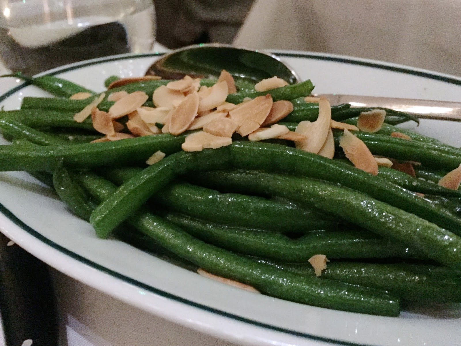 Green Beans With Roasted Almonds