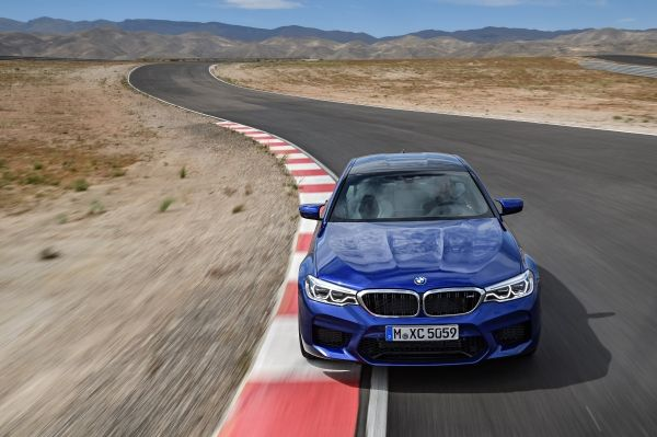 Η BMW M5 αναδείχτηκε Παγκόσμιο Αυτοκίνητο Επιδόσεων της χρονιάς 2018