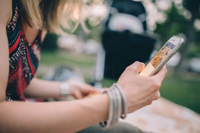 Remaja dan 'Curhatan' di Media Sosial
