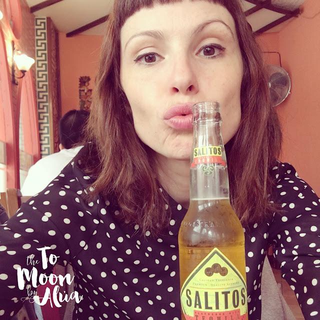 alua en el restaurante mexicano