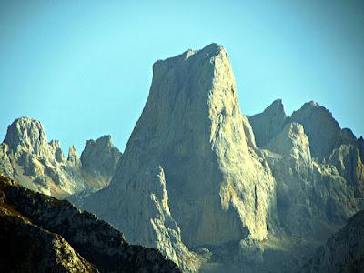 Naranjo de Bulnes; Naranjo; Bulnes Picu Urriellu; Picos de Europa; Cordillera Cantábrica; Asturias
