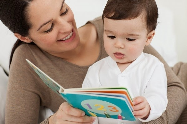 Tips merangsang bayi cepat bercakap