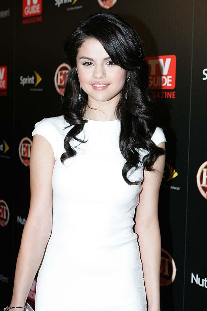 Selena Gomez Real Naked Pics