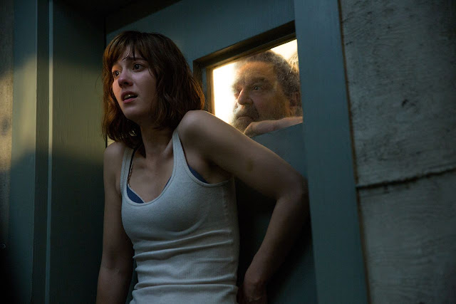 "Mary Elizabeth Winstead and John Goodman in ""10 Cloverfield Lane"""