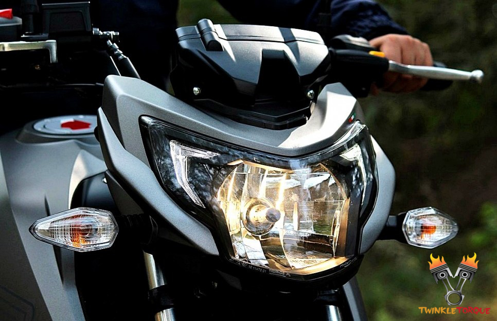 TVS APACHE RTR 200 4V head lamp
