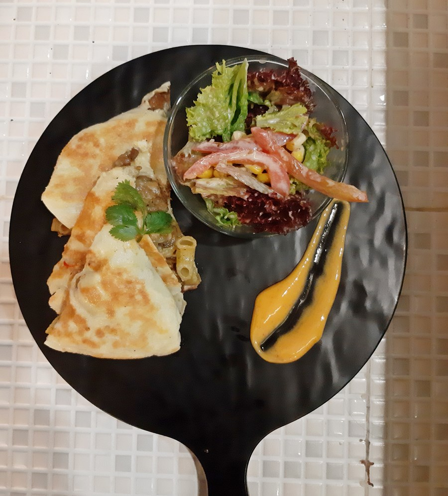 Dijual Eatery Surabaya, Tempat Makan Baru Di Surabaya