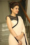 shraddha das latest glamorous photos-thumbnail-9