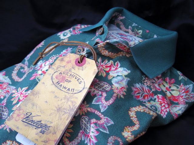 Vintage55の花柄ポロシャツ