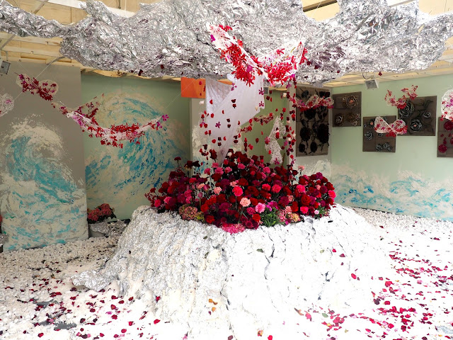Rose themed floral art installation display at Hong Kong Flower Festival 2017