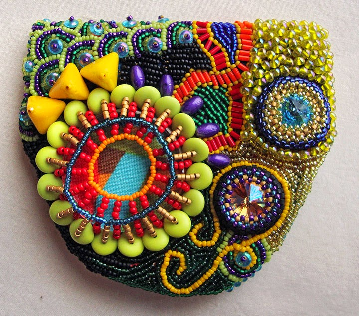 beaded pouch by Becki Applegate, front