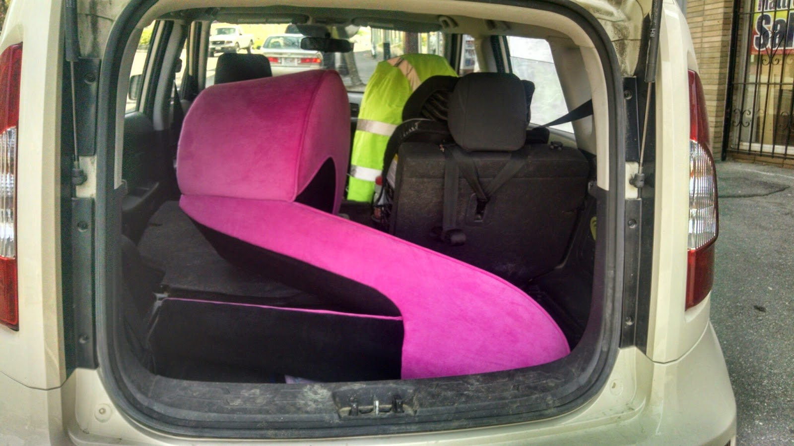 pink high heel chair cover rentals las vegas mountain llama merrimack river trail race 2015 that is a