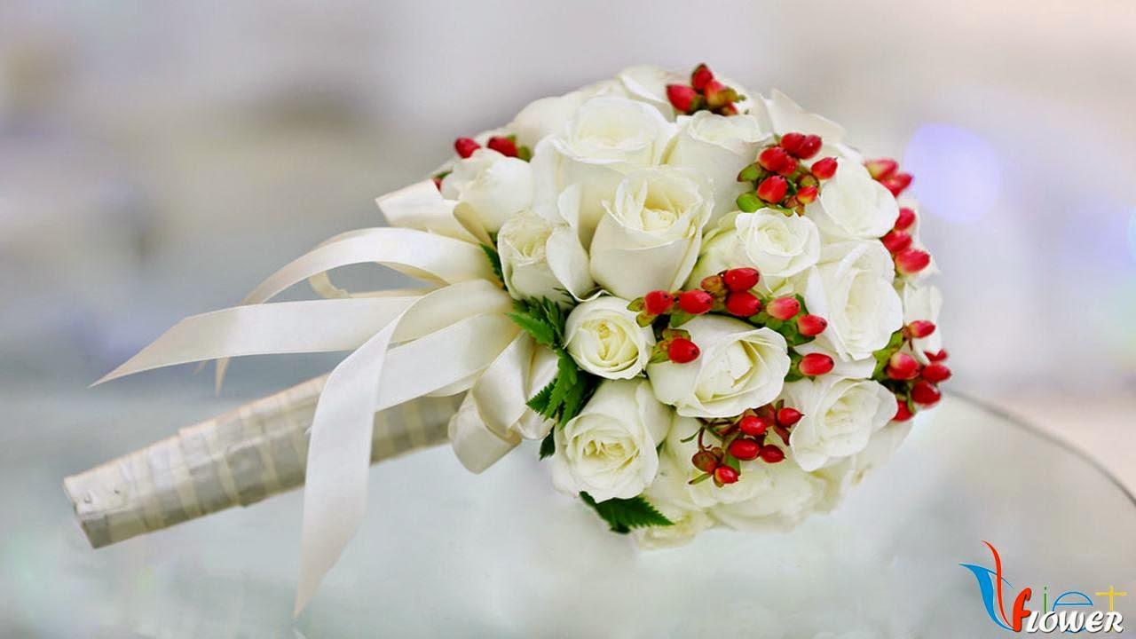 bó hoa cưới hoa hồng trắng
