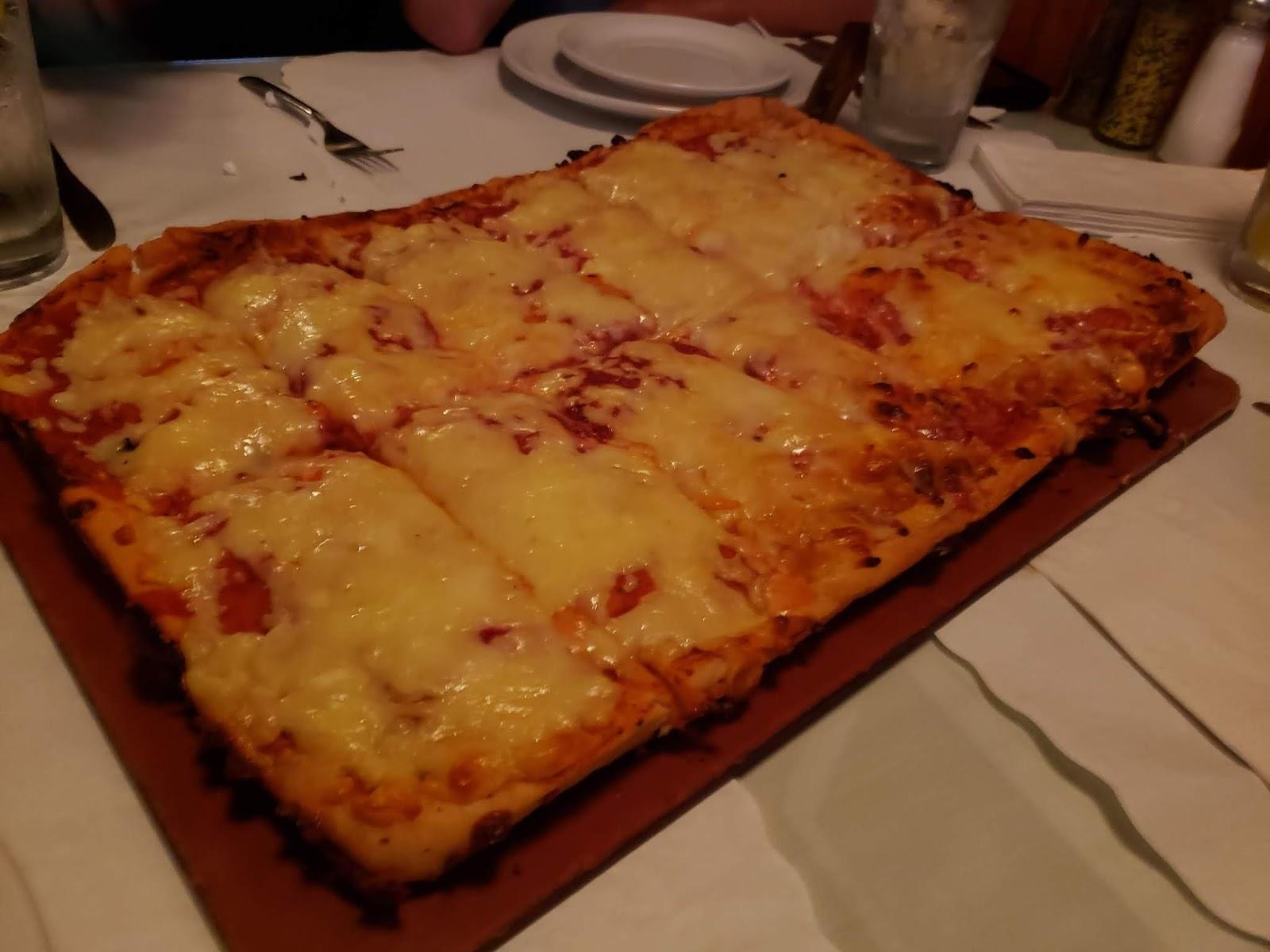 Alfredo\'s Cafe - Scranton | NEPA Pizza Review