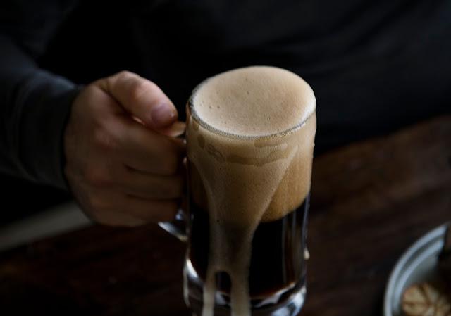 Crece consumo de bebidas alcohólicas entre mexicanos; prefieren la cerveza