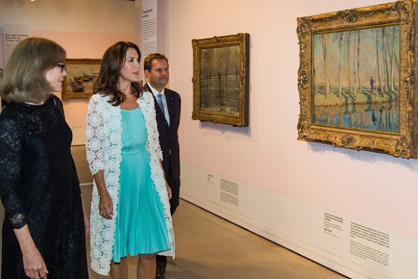 Princess Mary visits Monet's exhibition at Ordrupgaard Museum. Monet: Beyond Impressionism. Princess Mary wore PRADA Short Dress, and shoes