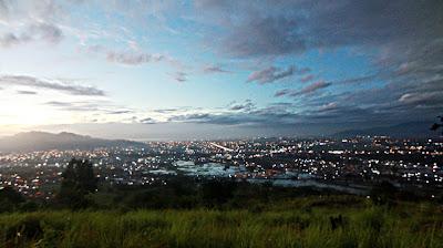 Pesona Pemandangan kota padang
