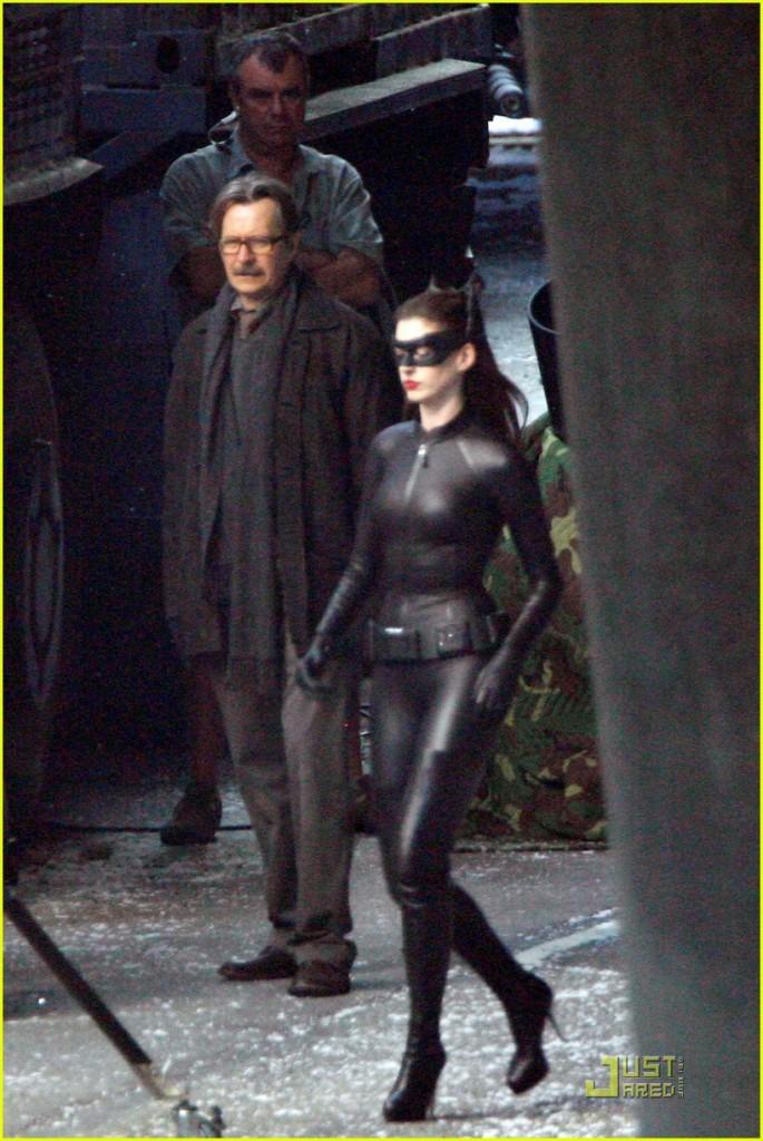 Animatrix Network Anne Hathaway In Full Catwoman Garb