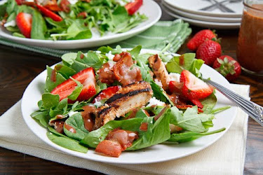 Strawberry and Balsamic Grilled Chicken Salad