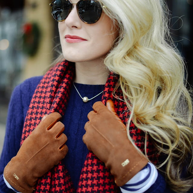Preppy Style KJP Pearl Necklace and Tortoise Ray bans and monogrammed gloves
