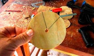 Ángulos en rueditas de plywood