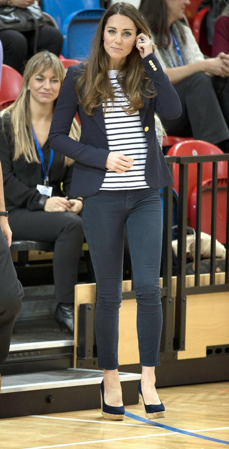 Kate Middleton Showing Bra While She Is Playing Volleyball -7352