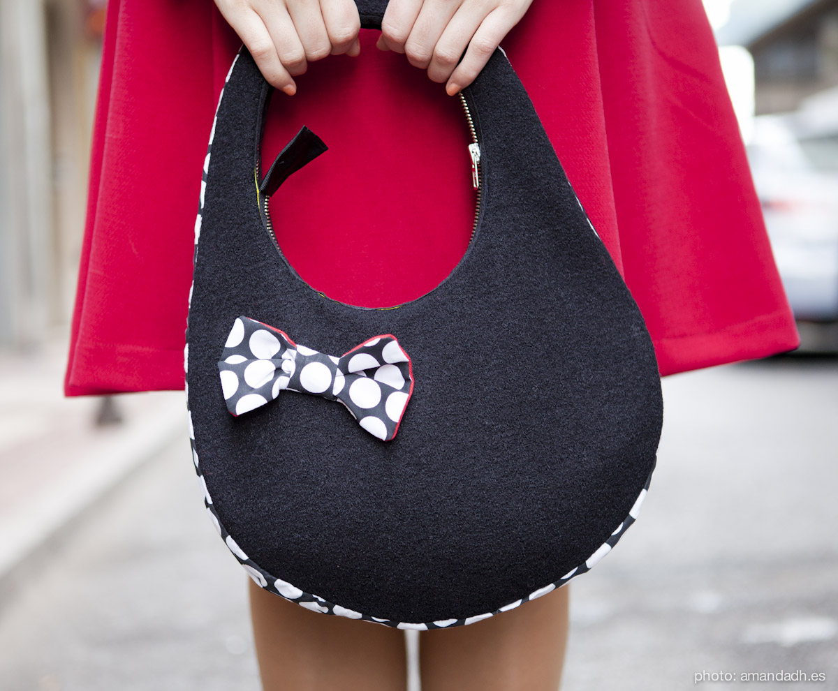 black wool boucle bag - Senorita Martita FALL-WINTER street style by Amanda Dreamhunter