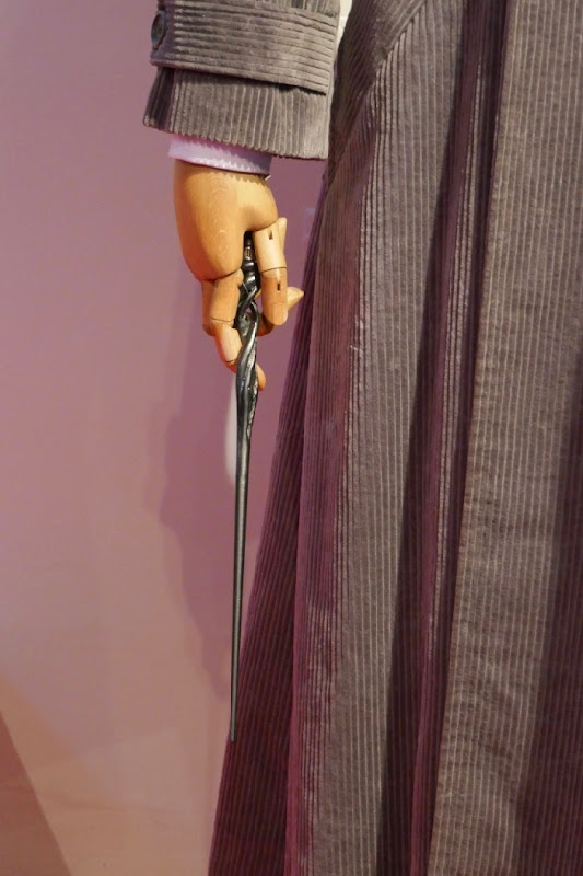 Fantastic Beasts Crimes Grindelwald Dumbledore wand