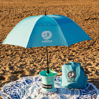 SUNDOGZ portable sun umbrella for dogs on the beach and carry bag