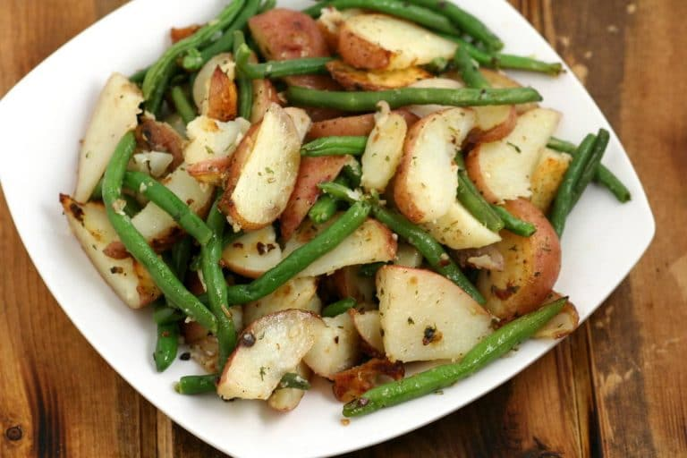 Garlic Herb Roasted Potatoes & Green Beans Recipe