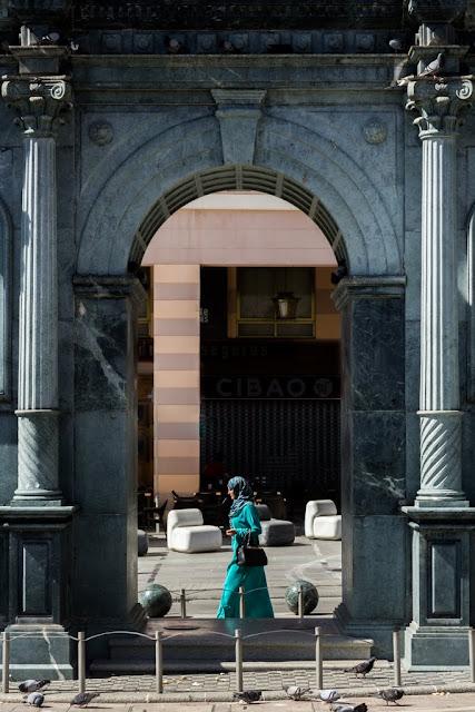 Monumento en la Plaza de los Reyes en Ceuta