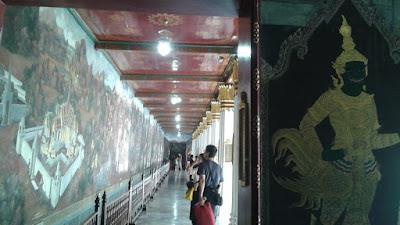 Galería alrededor del recinto del Buda Esmeralda