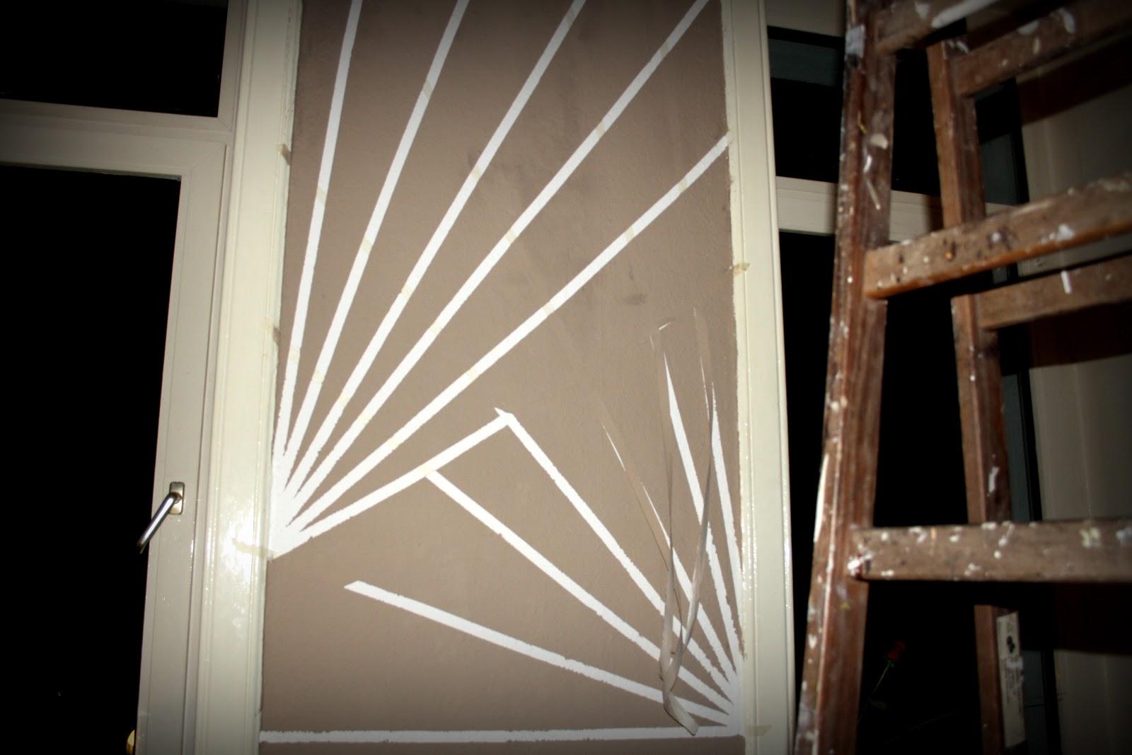 miss curiosity diy graphic wall. Black Bedroom Furniture Sets. Home Design Ideas