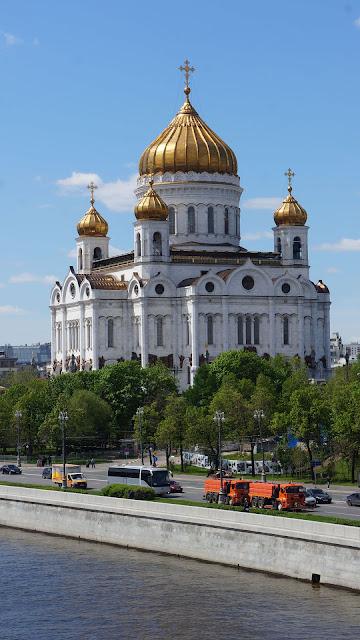 Изображение величавого Храма Христа Спасителя