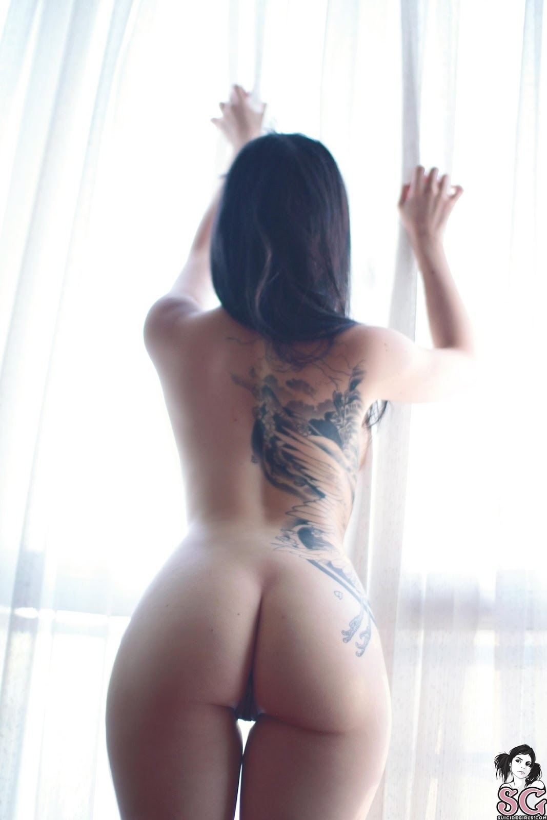 Porcelinna Suicide Photos