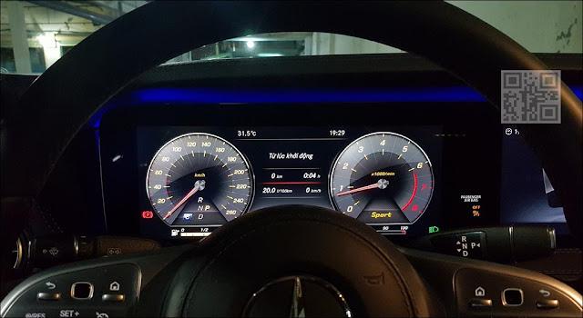 Thiết kế Màn hình phía sau vô lăng Mercedes S450L Star 2019