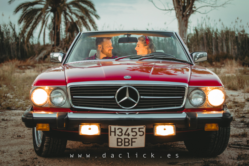 preboda descapotable rojo retro vintage