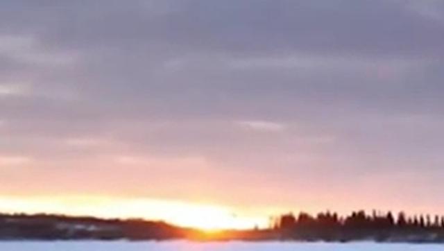"""Matahari Bersinar Tengah Malam """"Midnight Sun"""""""
