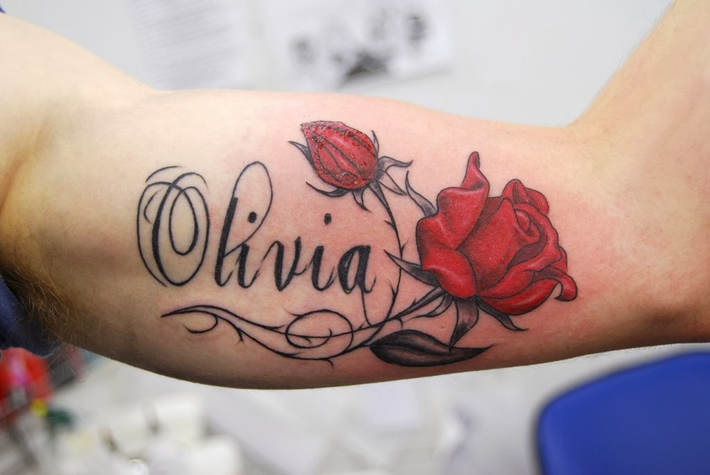 Tattoo Art: in style name tattoo designs