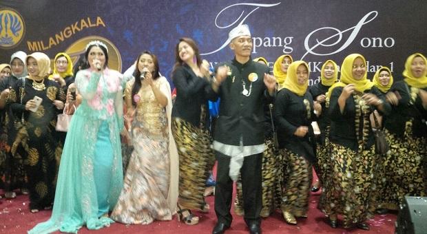 Meriah! Milangkala SMEA/SMK Pasundan I Bandung