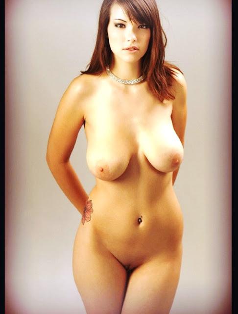 WWW.EROTICAXXX.RU - Женские бедра, эротическая подборка (18+ эротика)
