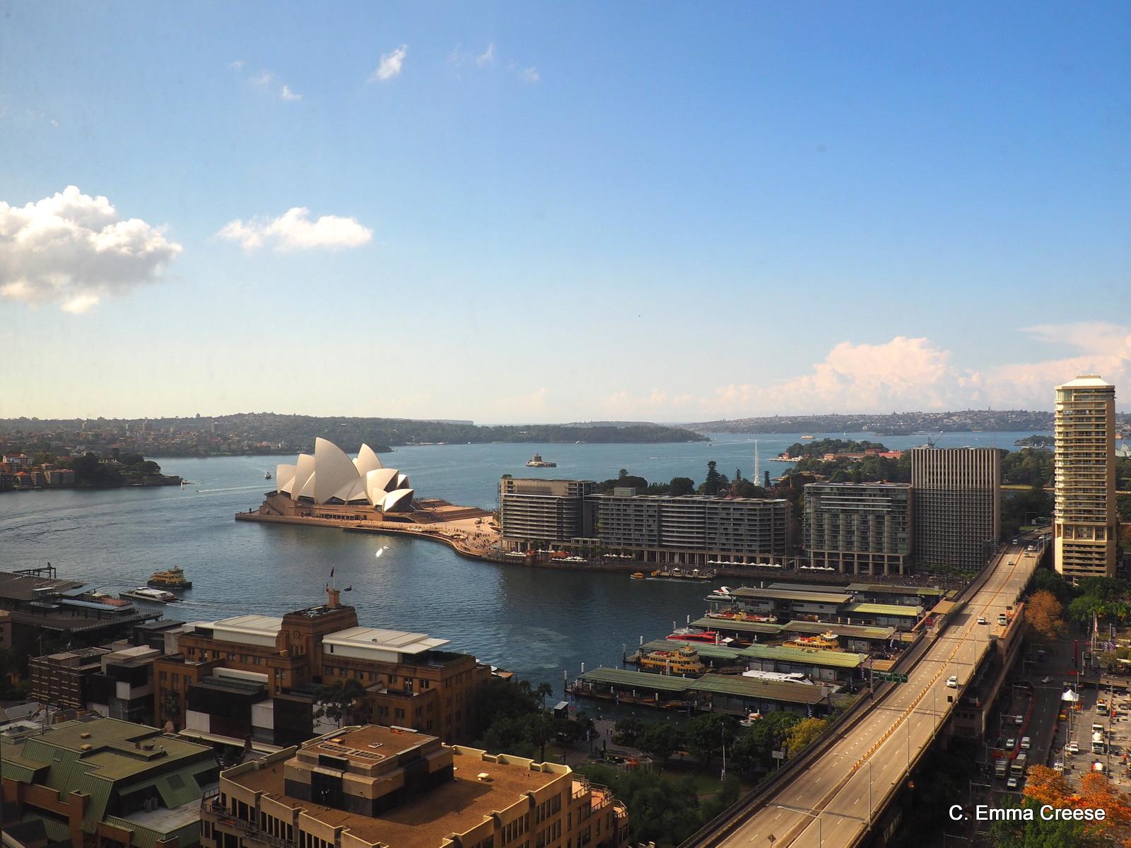 Shangri La Sydney Deluxe Harbour View Room