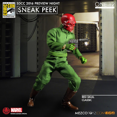 Mezco One:12 Collective Marvel Comics Classic Red Skull Action Figure