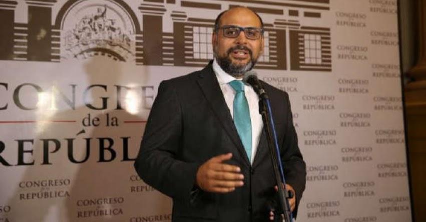 Ministro de Educación se presentará en el Congreso para informar sobre modificación de estatutos de la Derrama Magisterial