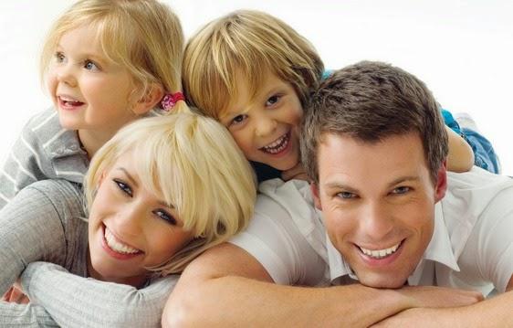 Membentuk Sebuah Keluarga Bahagia