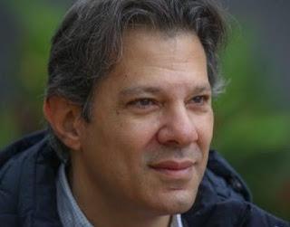 """Haddad sobre Bolsonaro criticar imigrantes ilegais que trabalham: """"Para quem se aposentou aos 33 anos, faz sentido"""""""