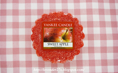 http://lavender27x.blogspot.com/2014/10/pachnido-yankee-candle-sweet-apple.html