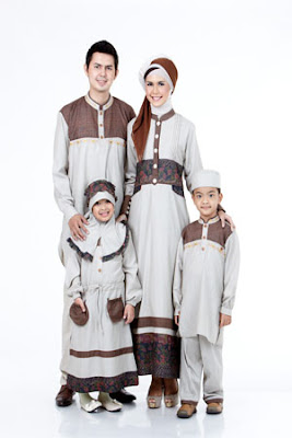 Desain Baju Muslim Keluarga Seragam Terbaru