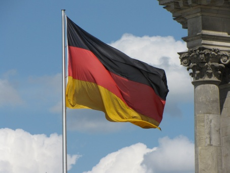 Alemania restringe ayudas sociales a inmigrantes europeos