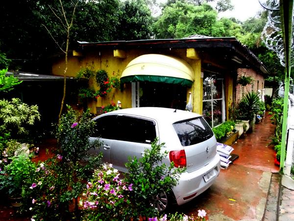 Flores Casa Blanca, a floricultura mais tradicional do bairro Jaraguá