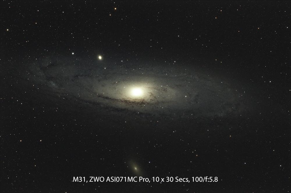M31_10x30_1000.jpg